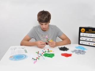 Construyendo Modelos de Aminoácidos y Proteínas